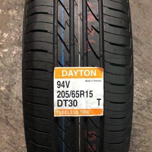 205-65-R15 95V Dayton DT30